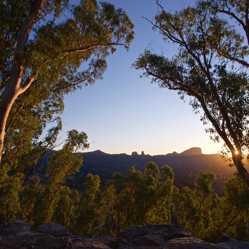 Warrumbungle sun star warrumbungle national park nsw australia csqecd
