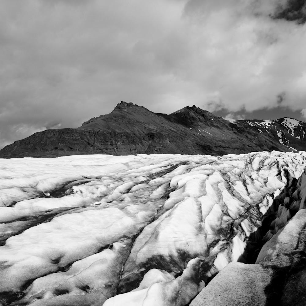 Glacial contrast svinafellsjokull skaftafell vatnajokull iceland limited edition vt1uae