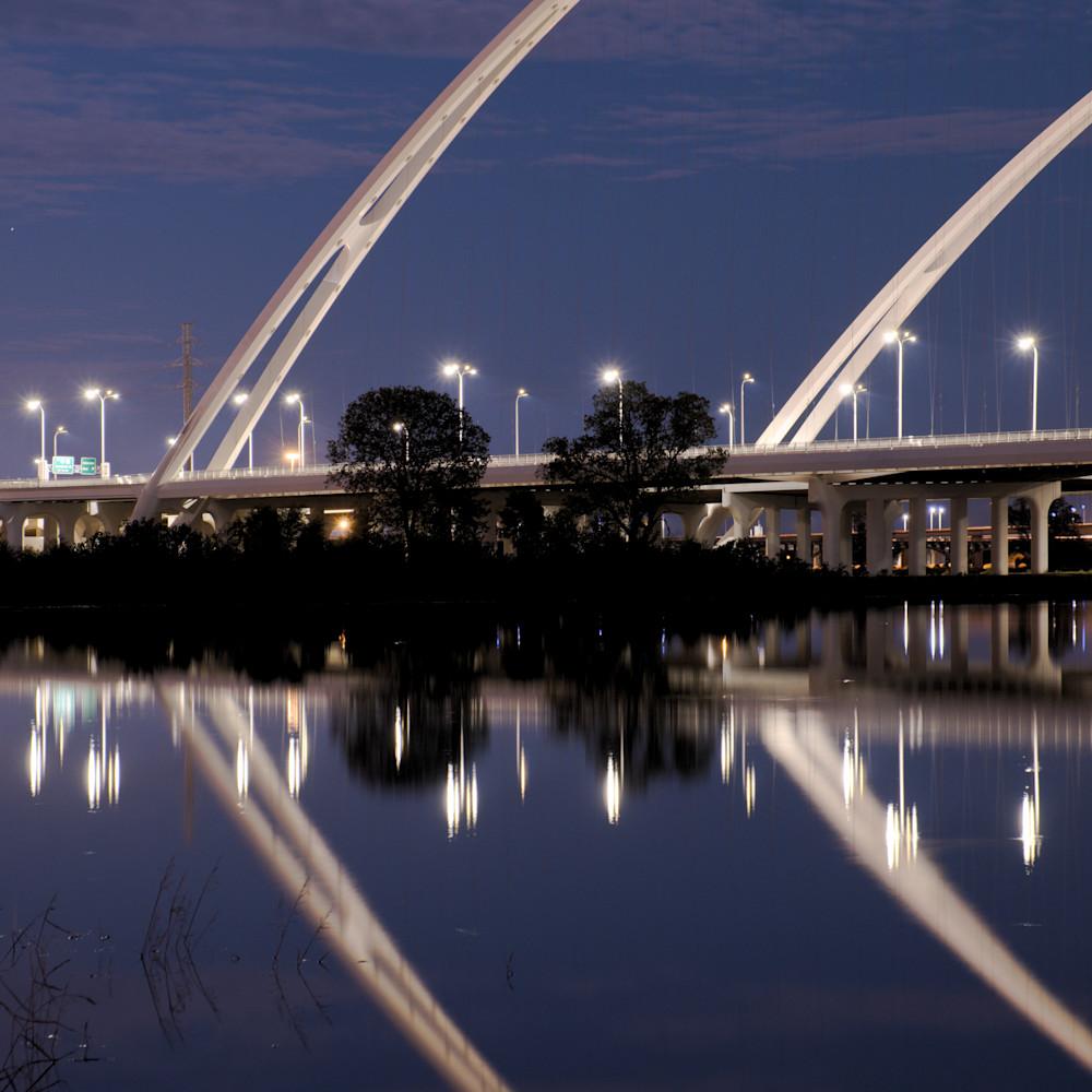 Dallas skyline at night 18 zgrpqi