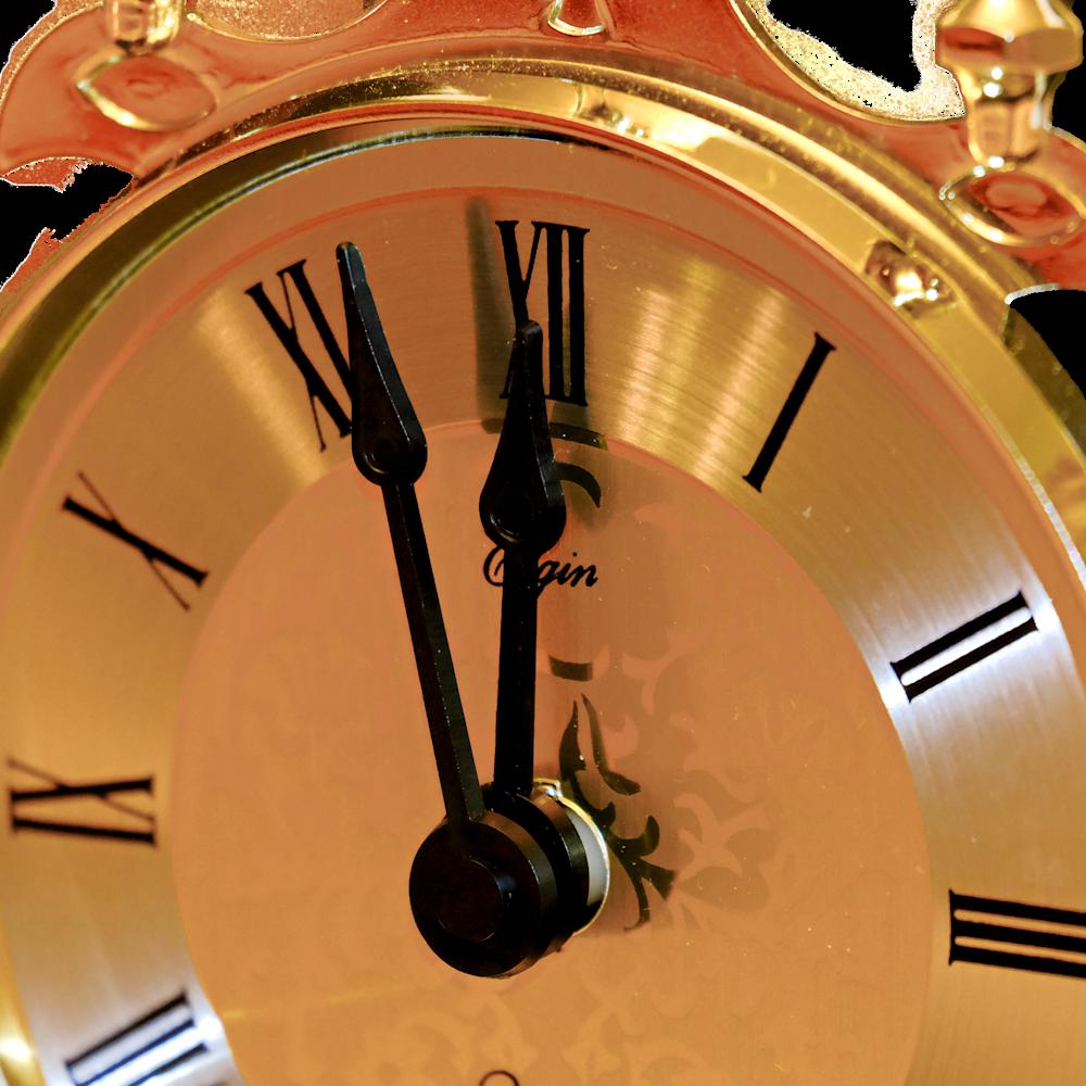 Clock   close up yts7oj