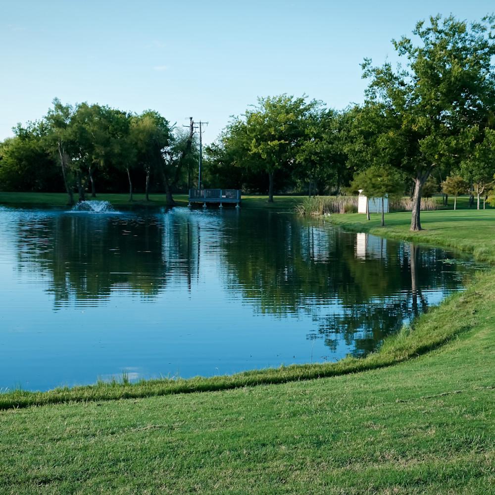 Pond in roanoke park 4 qwo4bu