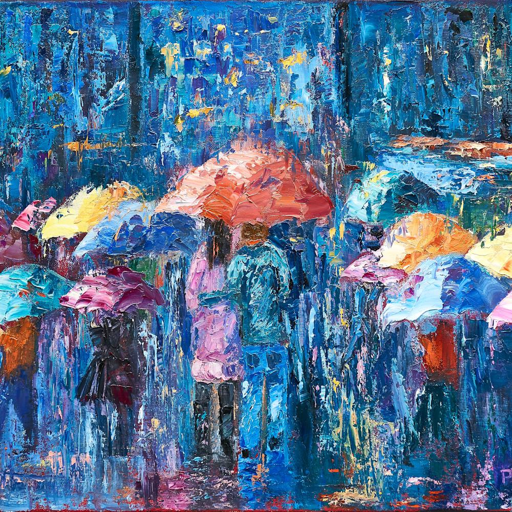 Lovers walk in city rain iii nn6kxv