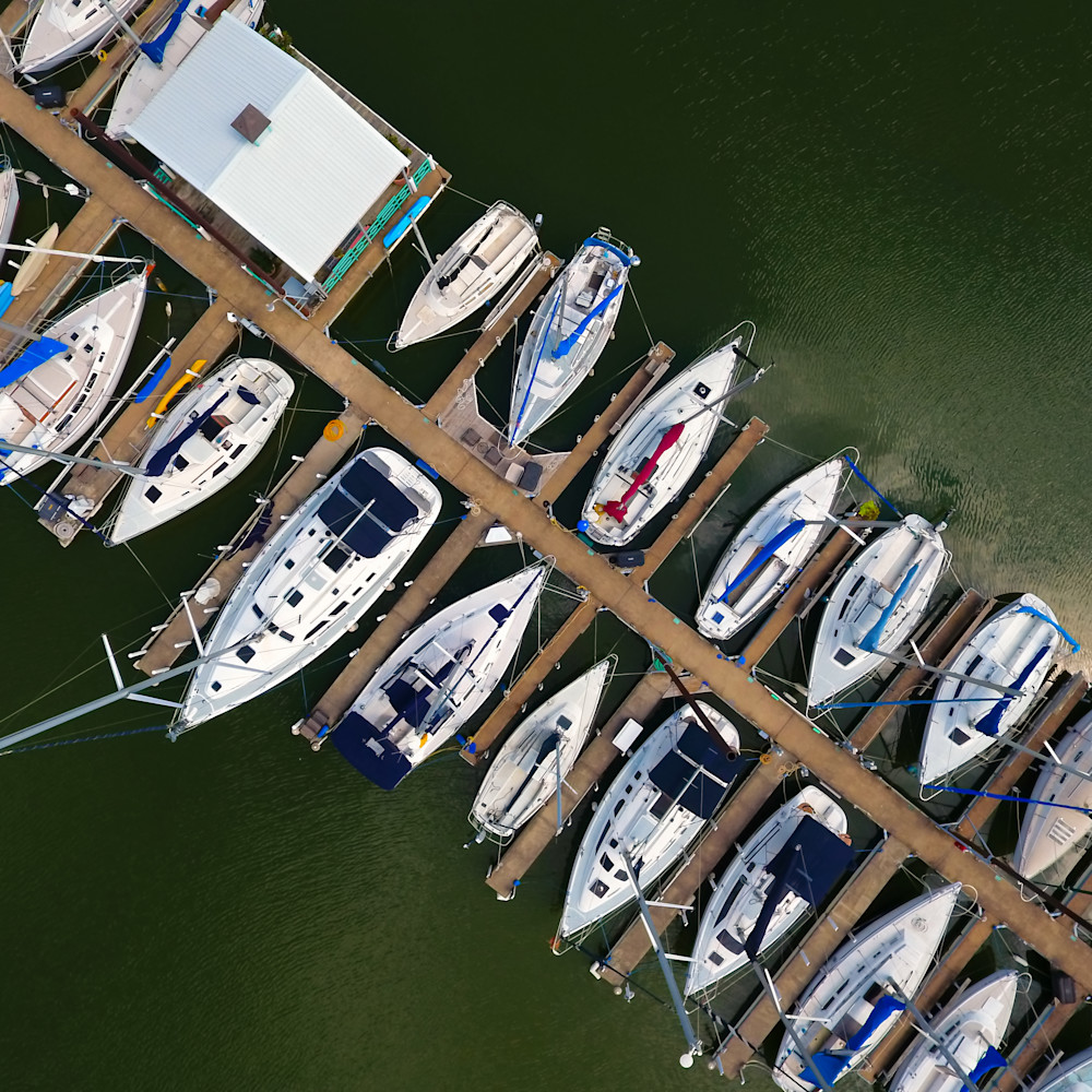 Twin coves marina   cropped   5 of 5 qsfmjv