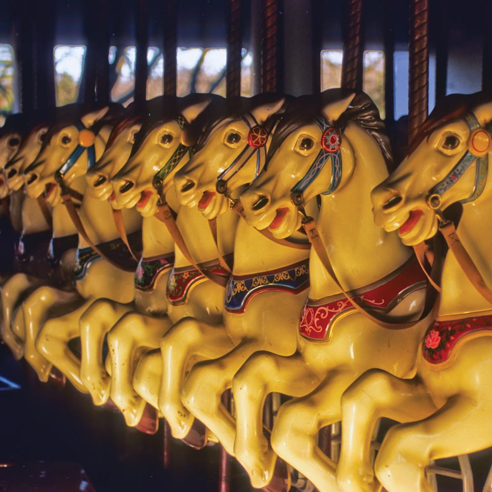 Carrousal horses lsk43w