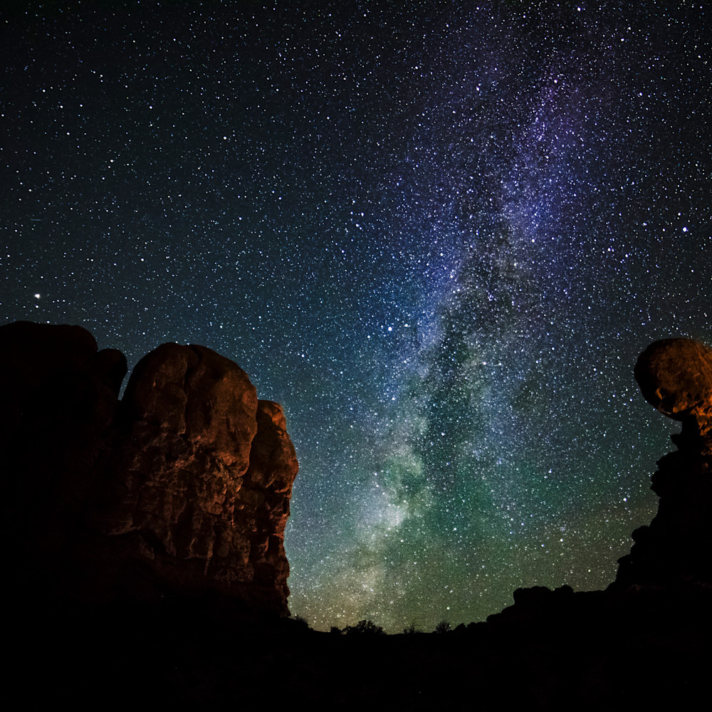 Andy crawford photography arches national park balanced rock milky way 181106 001 cvvubc