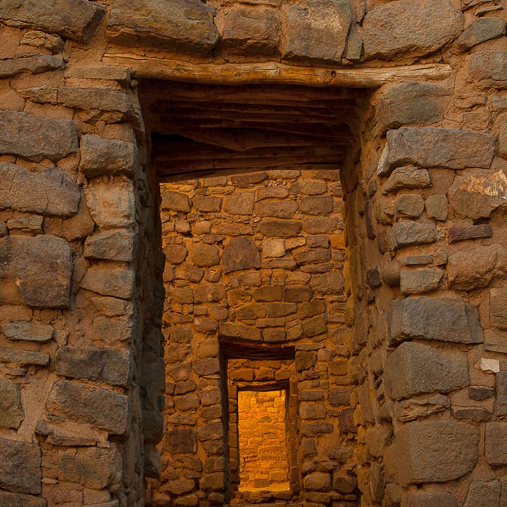 Aztec doorway pano mg0561v1 a0yiqu