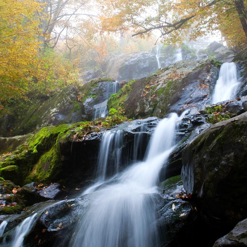 Shenandoah waterfall owhwlu