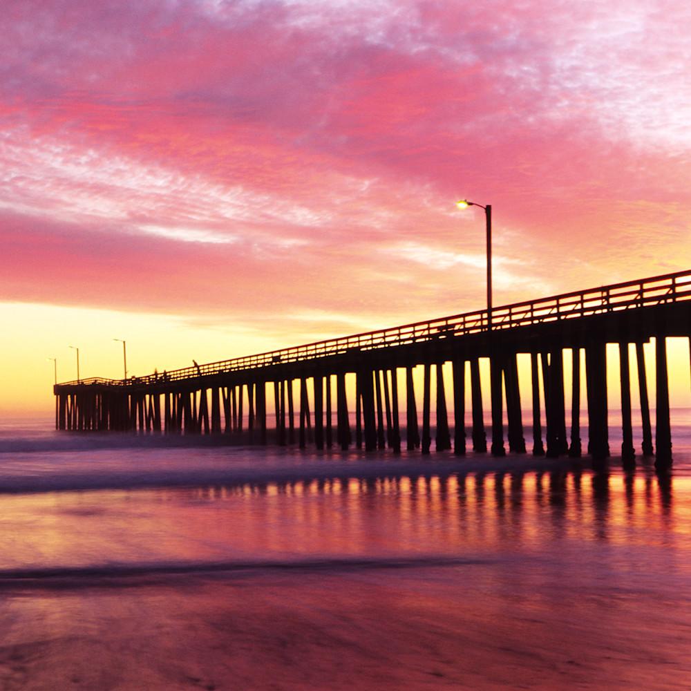 Sunset pier vybvjy