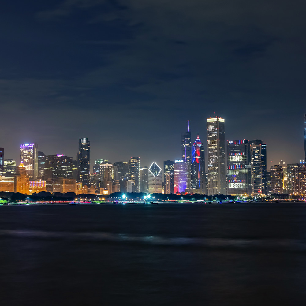Chicago skyline at night on independence day aodzpb
