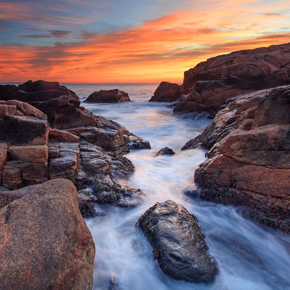 Narragansett hazard rocks sunrise 12 24 17 nxvtnq