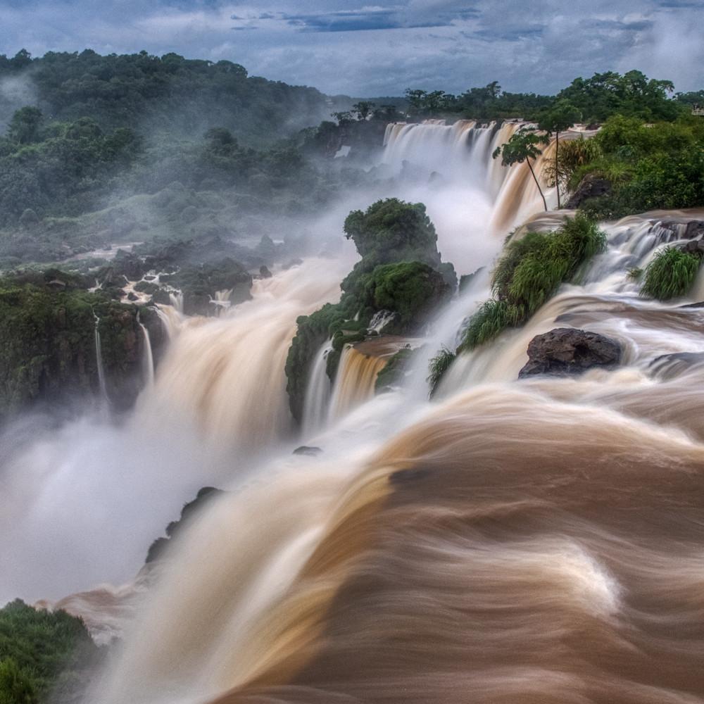 Pmb 2018 10 31 iguassu falls p1288133 aurorahdr2019 edit sfg6pg