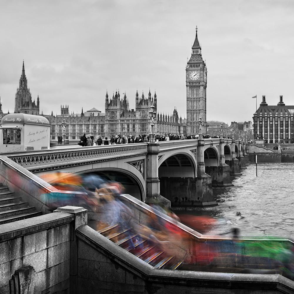 Londoncascade100 hylwfu