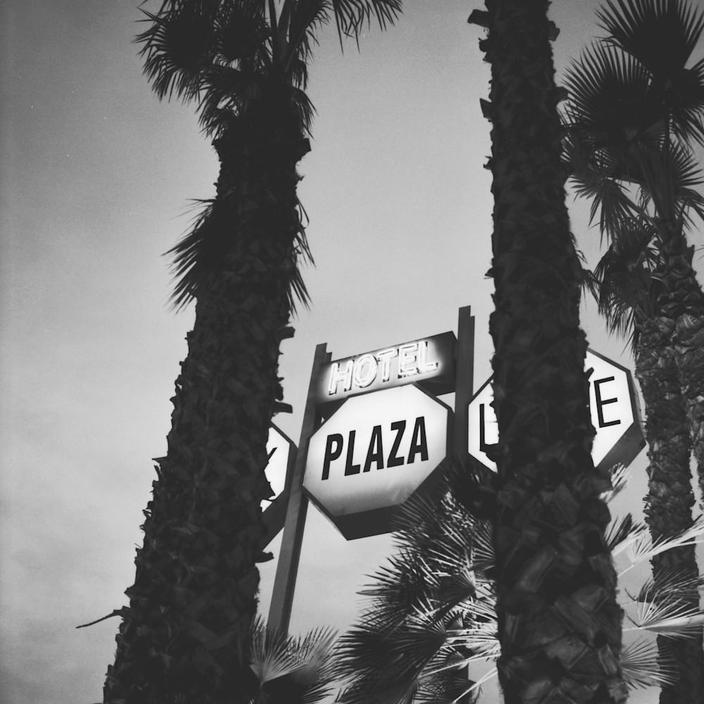 Plazza motel scan al0xqy