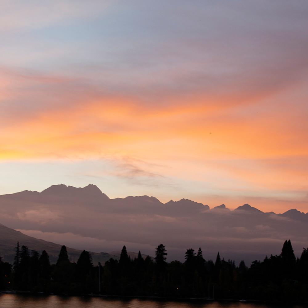 Sunrise on lake wakatipu fowb2u