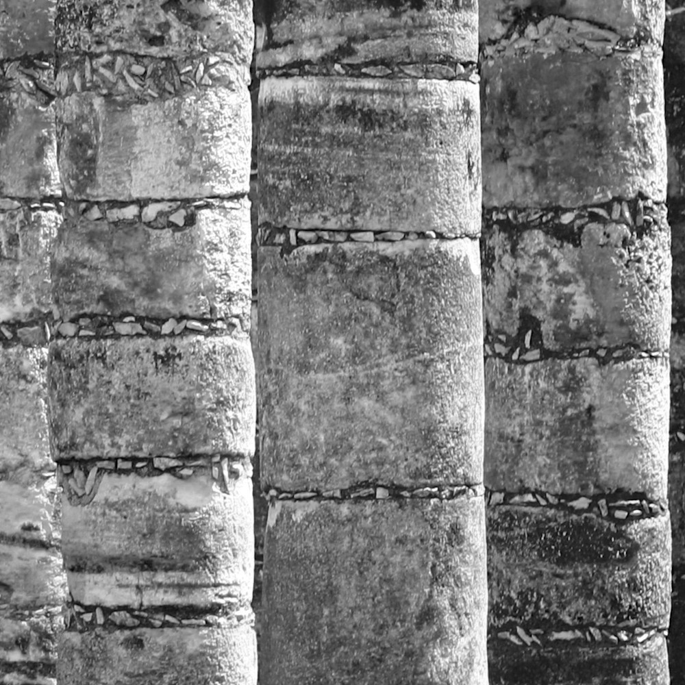 Pillars of the ancients bw cropped xcr2tv