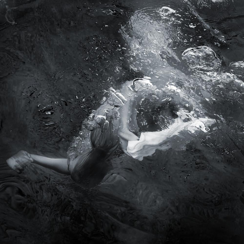 Becca pool 13 bw cebxa8