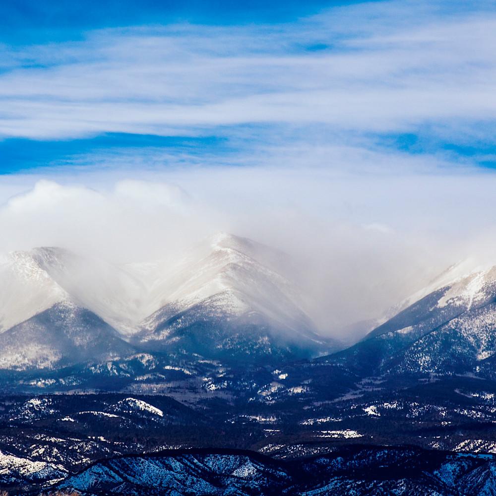Snowfall upon three peaks xlcx9w