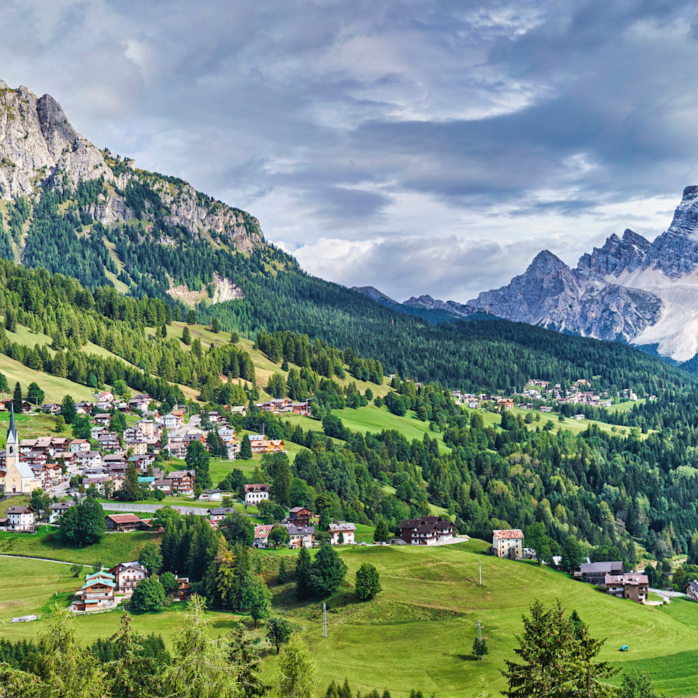 Dolomites panorama 1 lum axvh47
