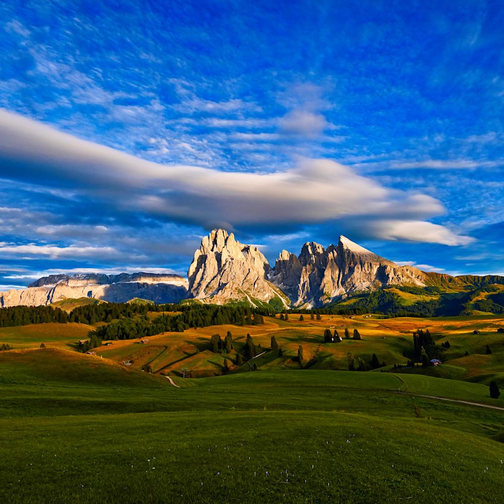 B mountain wide angle pano good lum dwbli4