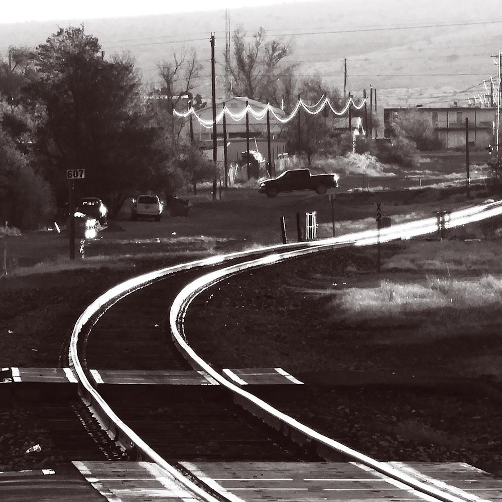 Dscn0875 shiny rails 17 by 22 gxjaad