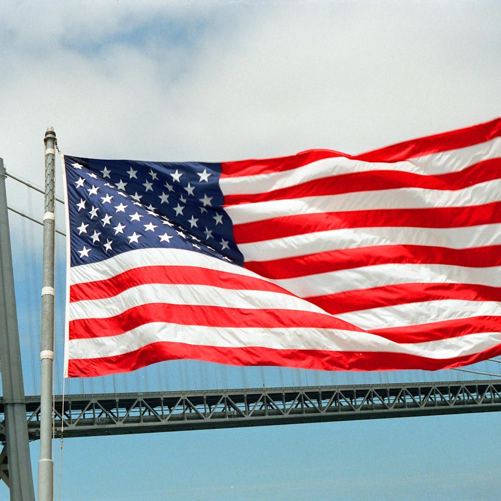 003 flag over the bay bridge ilghi7