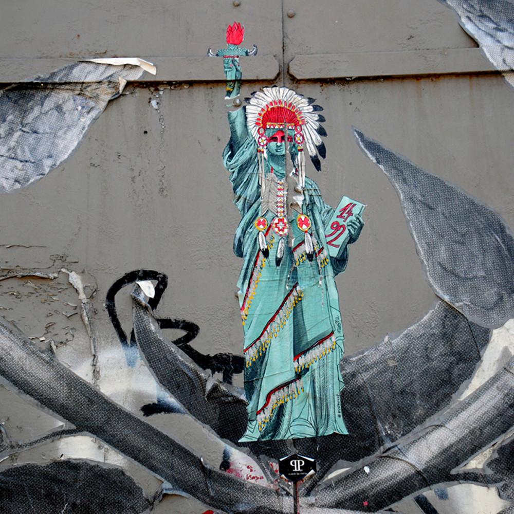Street art 84 htosgp