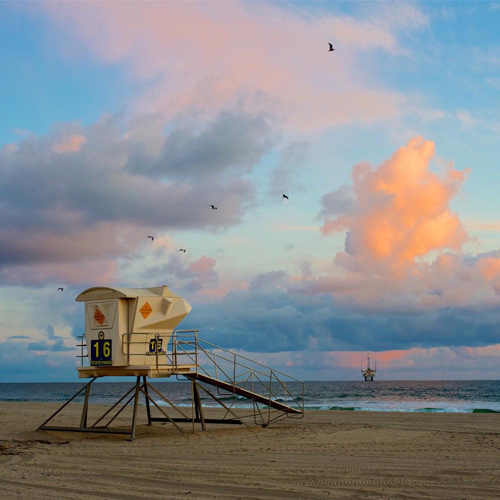 Huntington beach lifeguard stand sunset clouds vju3a3