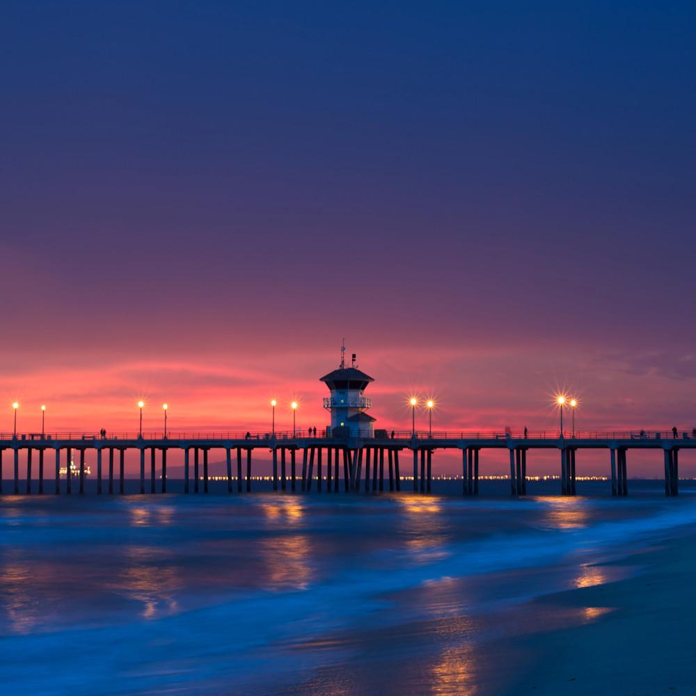 Huntington beach pier sunset dusk ca hftgpo