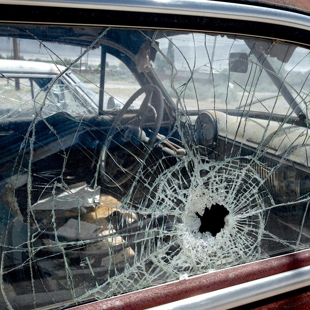 Shattered car window trona california qkweax