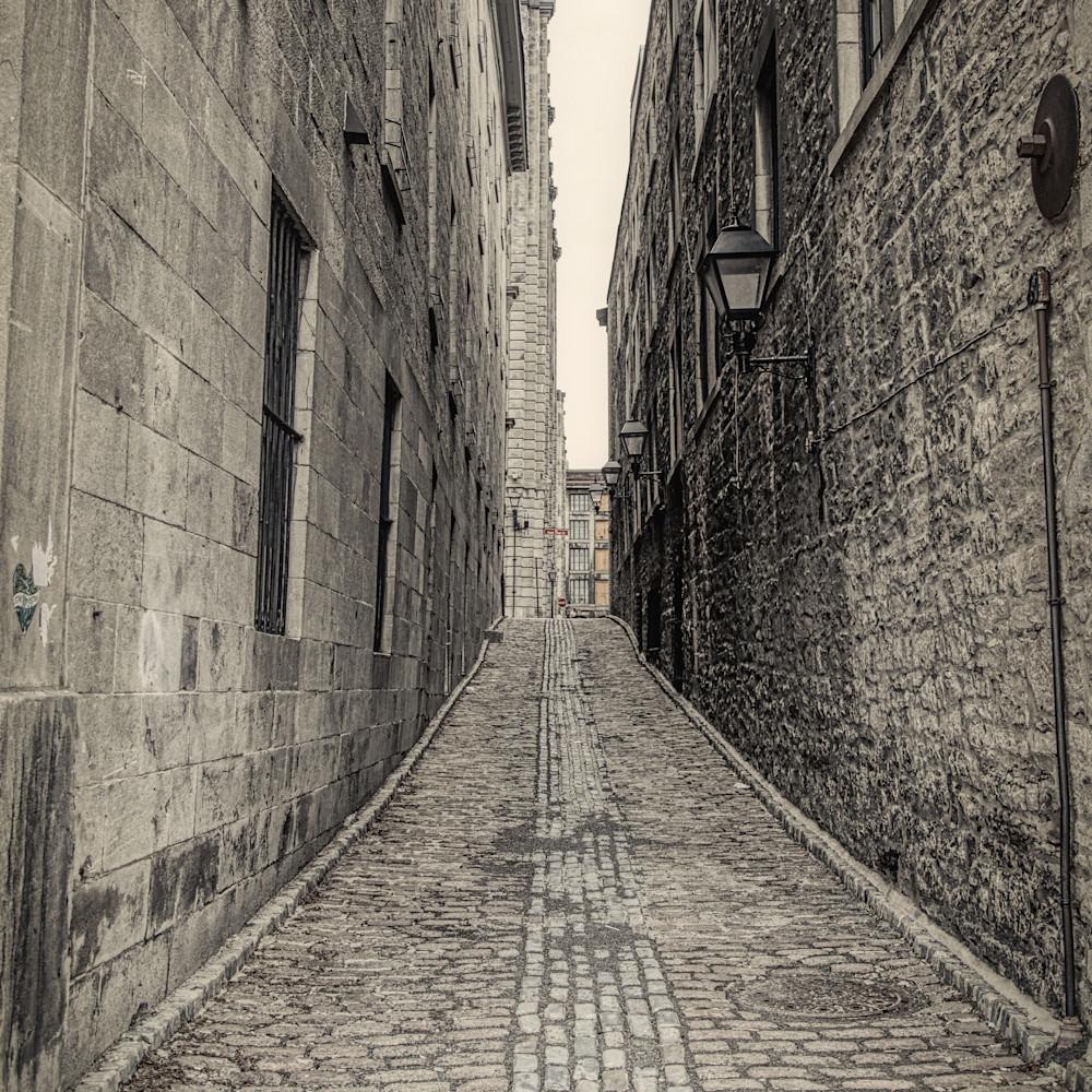 The alleyway shaune thompson gx0o55