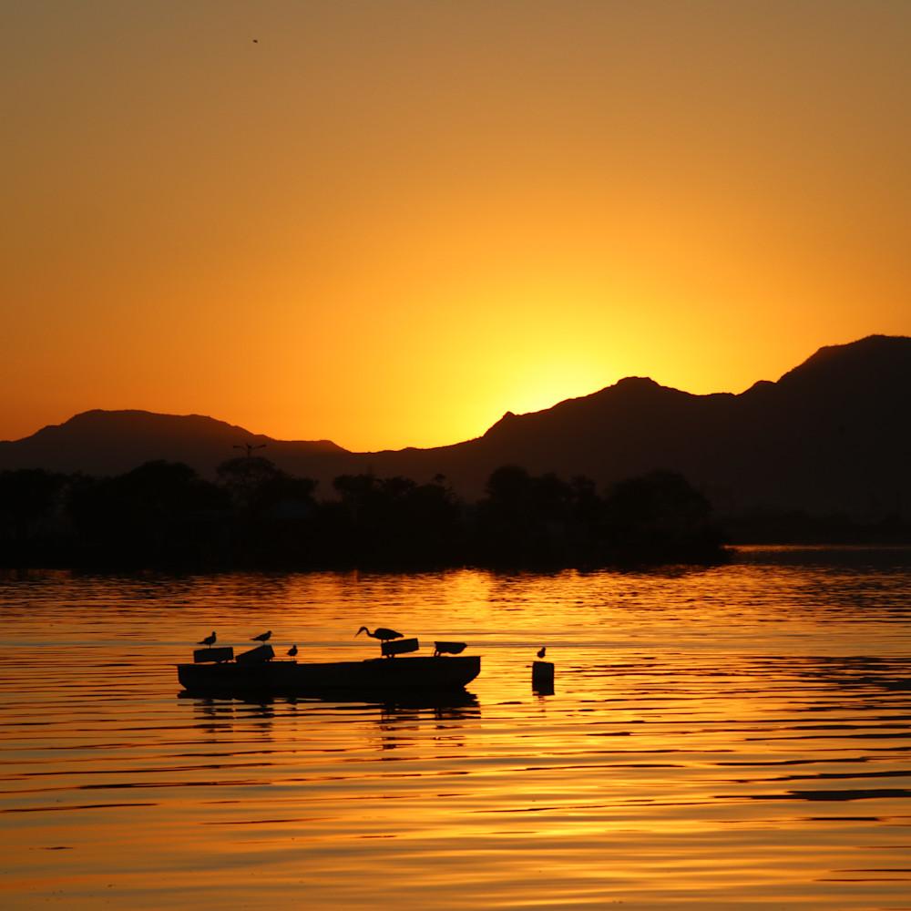 Sun set boat ride uhykoy
