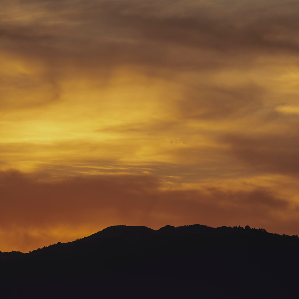 Smoky sunset lc9h2c