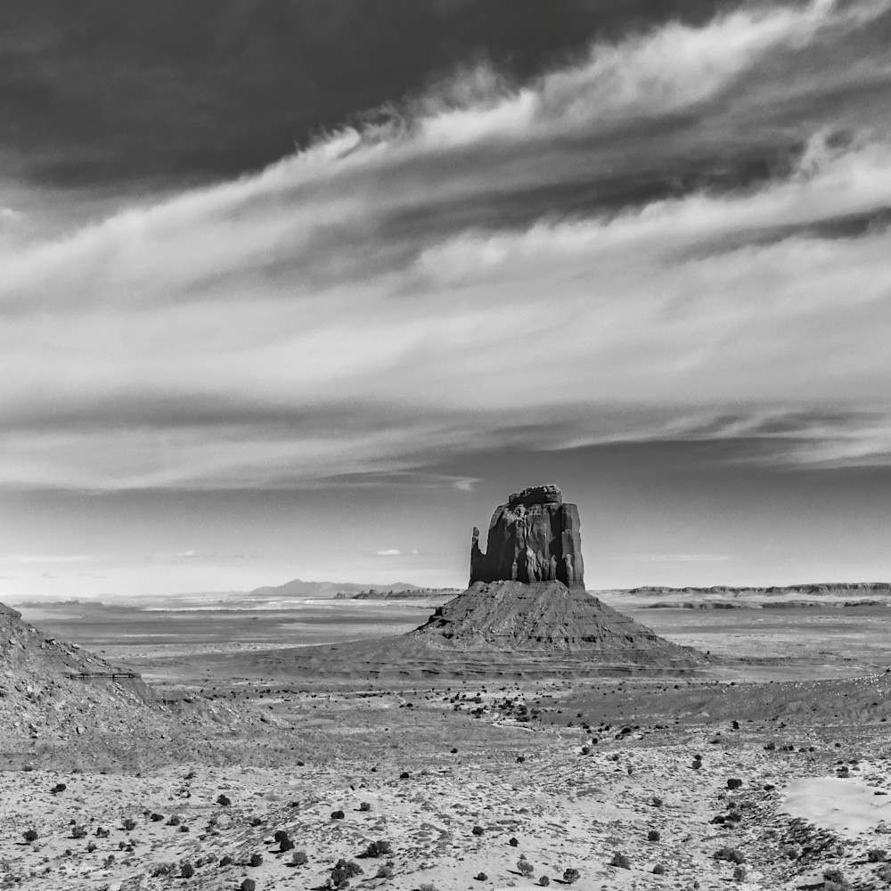 Andy crawford photography monument valley pedestals 1 spg2hq
