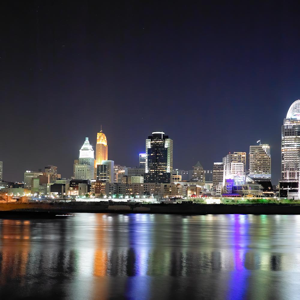 Cincinnati by night number 1 goz4lc