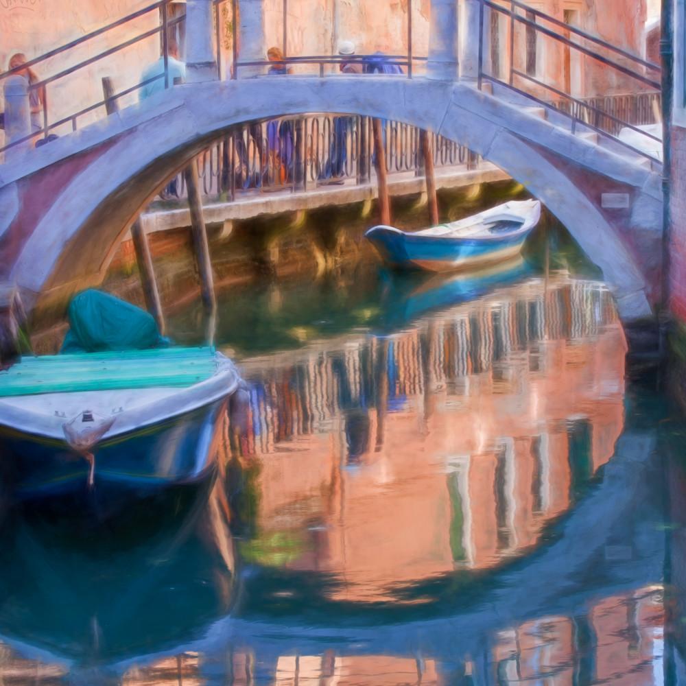 Venice bridge wc gnkgzr