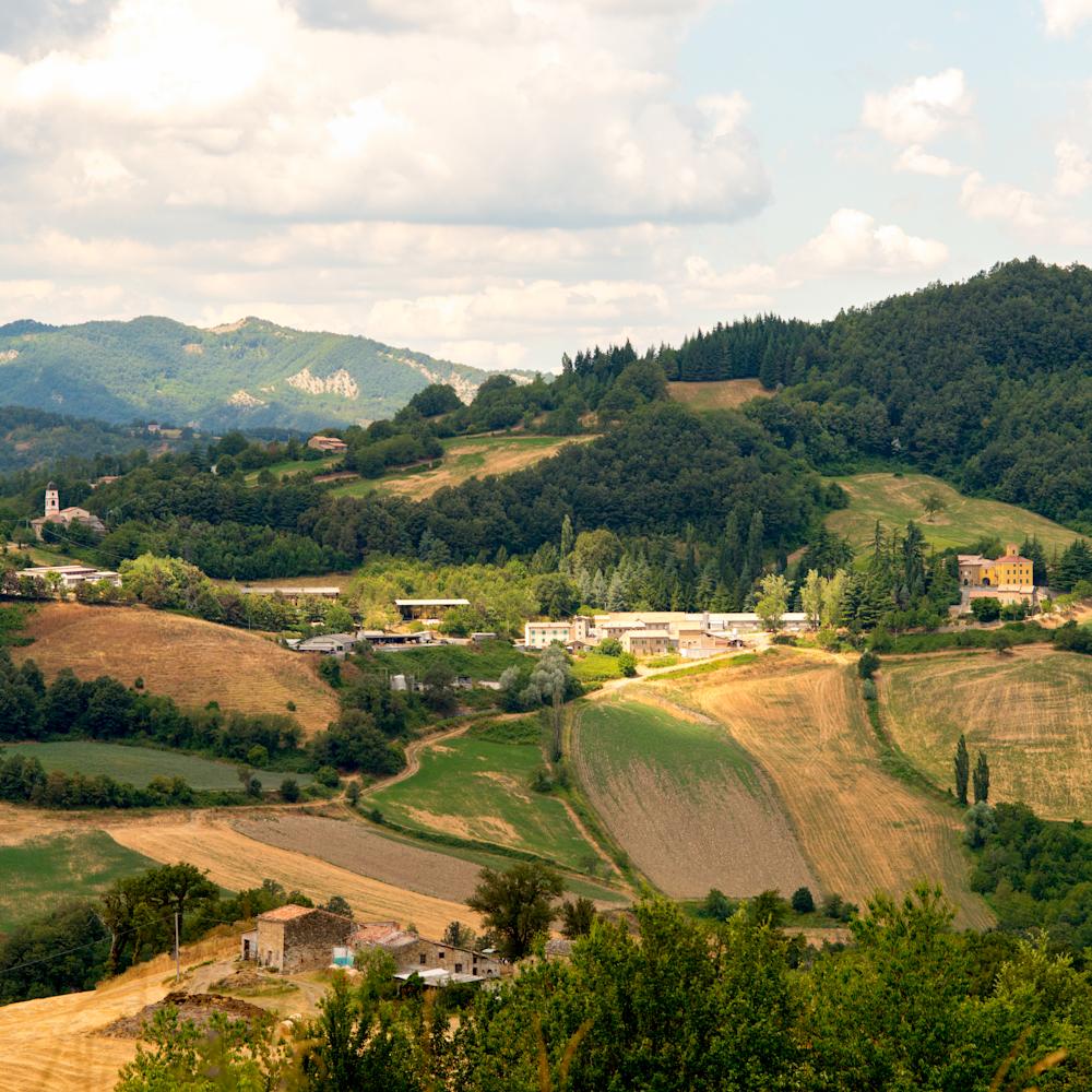 Sun and shade in tuscany ybuhll