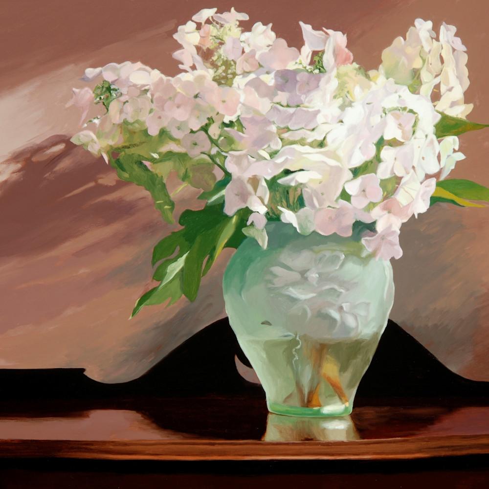 Db hydrangeas in a green vase yvgpvr
