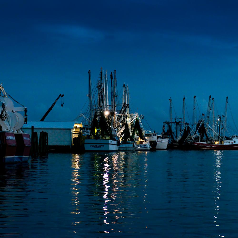 Working harbor at nightfall ukbpop