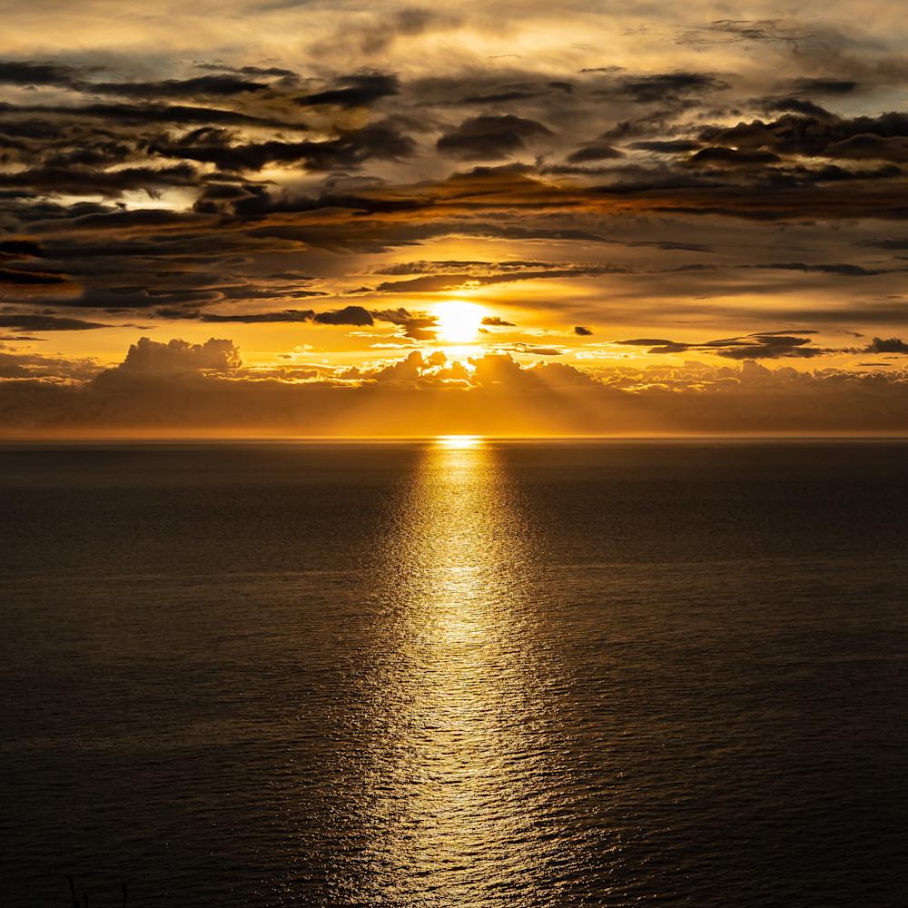 Alaskan midnight sunset xavall