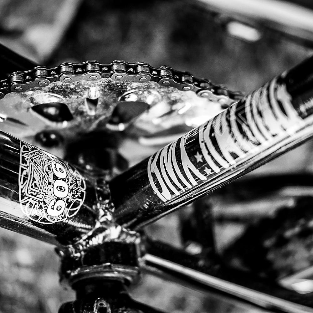 40x30 bike frameb w  oxgmtr