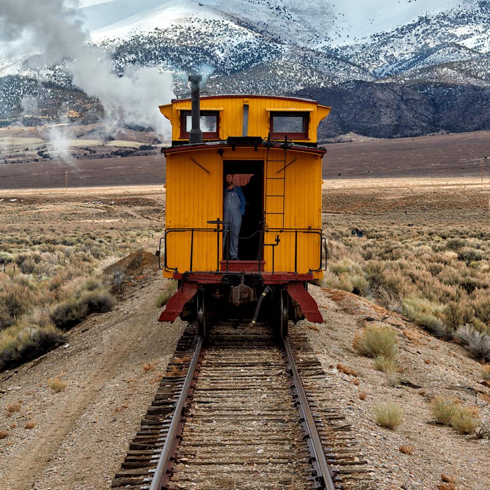 Yellow caboose 2x3 fe9oir
