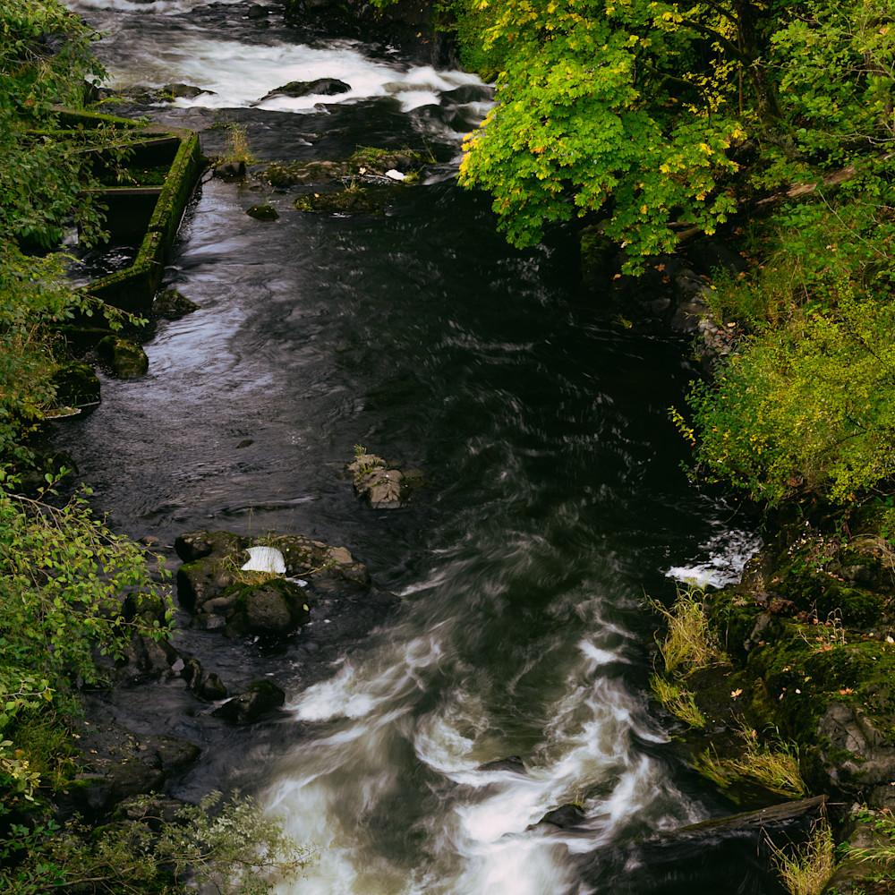 Autumn deschutes river tumwater washington 2020 ua9gu3