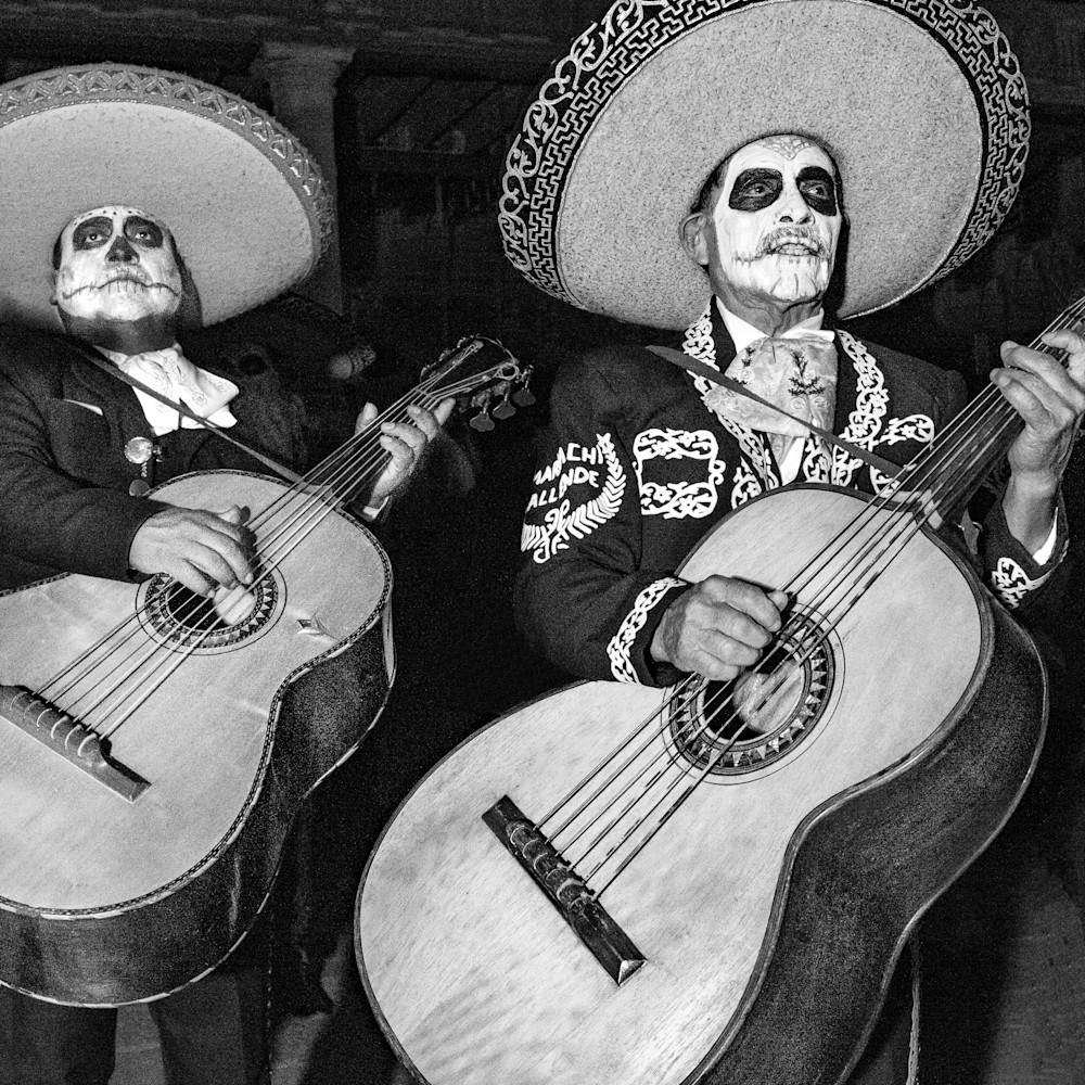 Los mariachis muertos kjbxyx