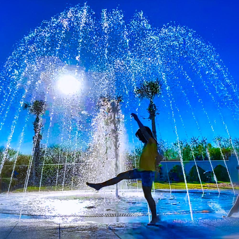 Fountain dancing 0049 1 defjty