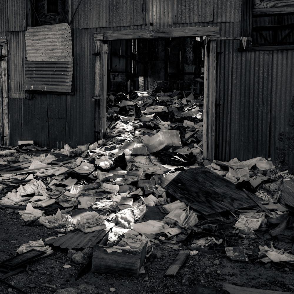 Abandoned mine warehouse randsburg yplyq9