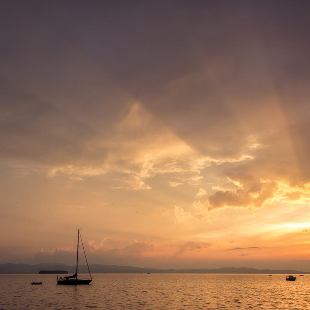 Champlain rays gixhm1