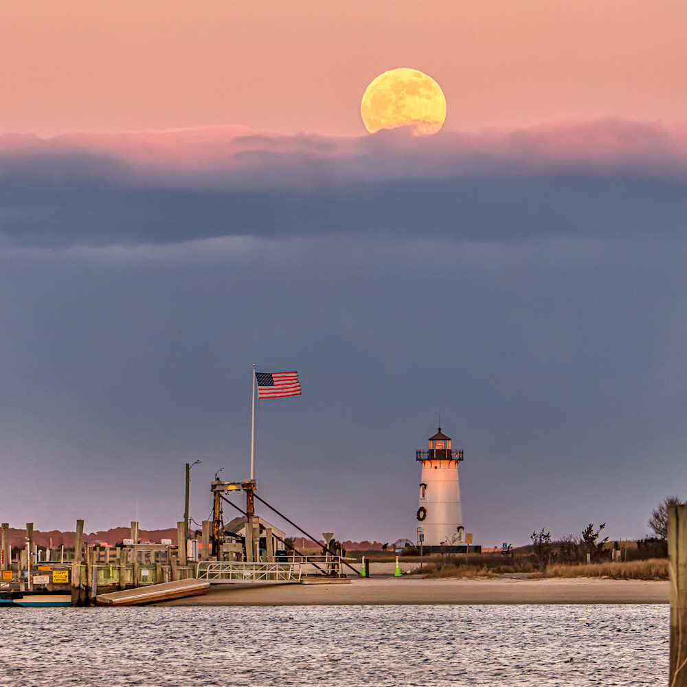 Edgartown light  cold  moon and flag xqbpar