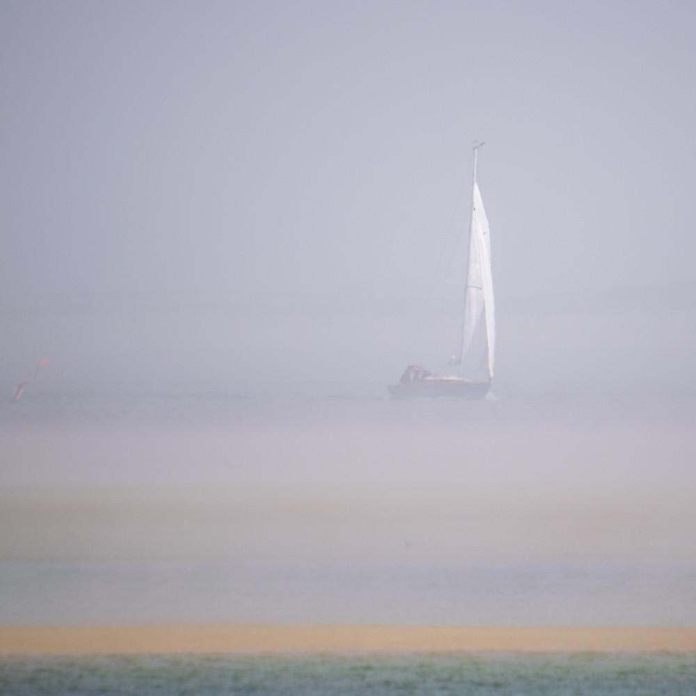 Foggy boat ekdqwh