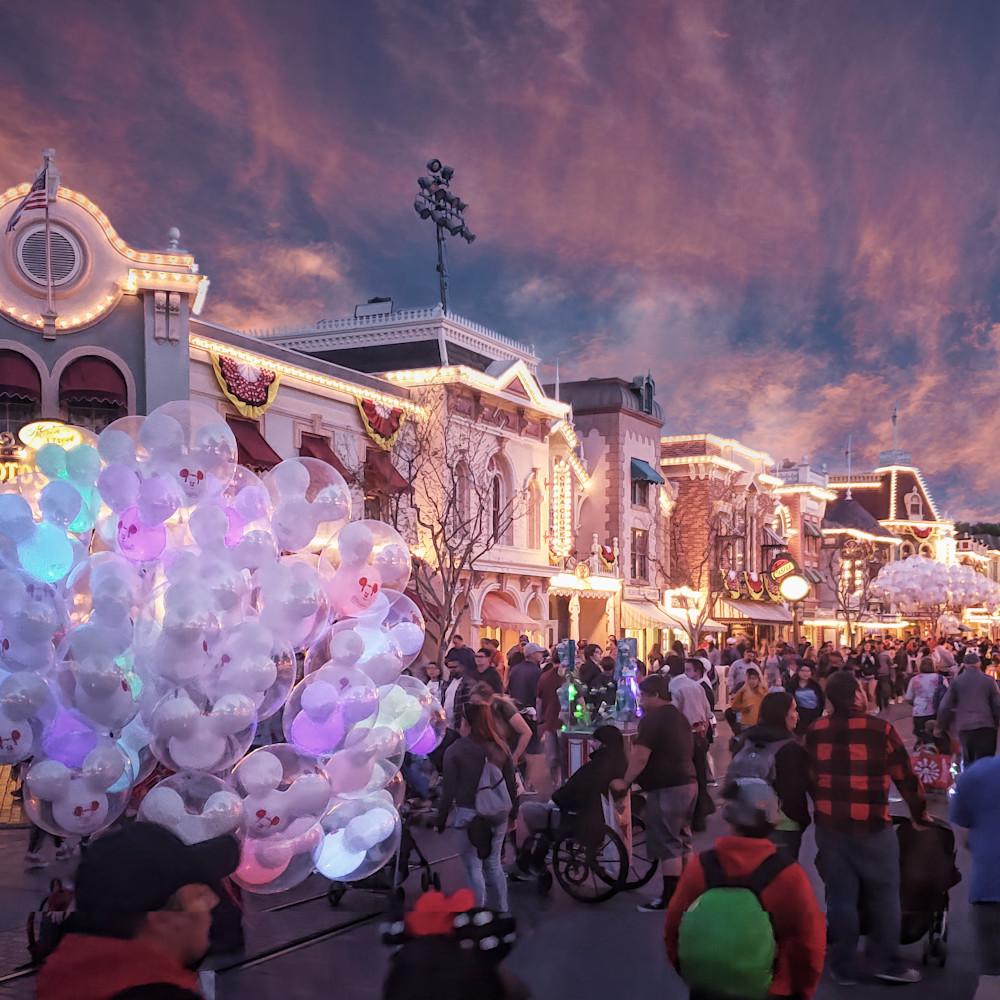 Disney mainst 20190330 ts flat yzzded