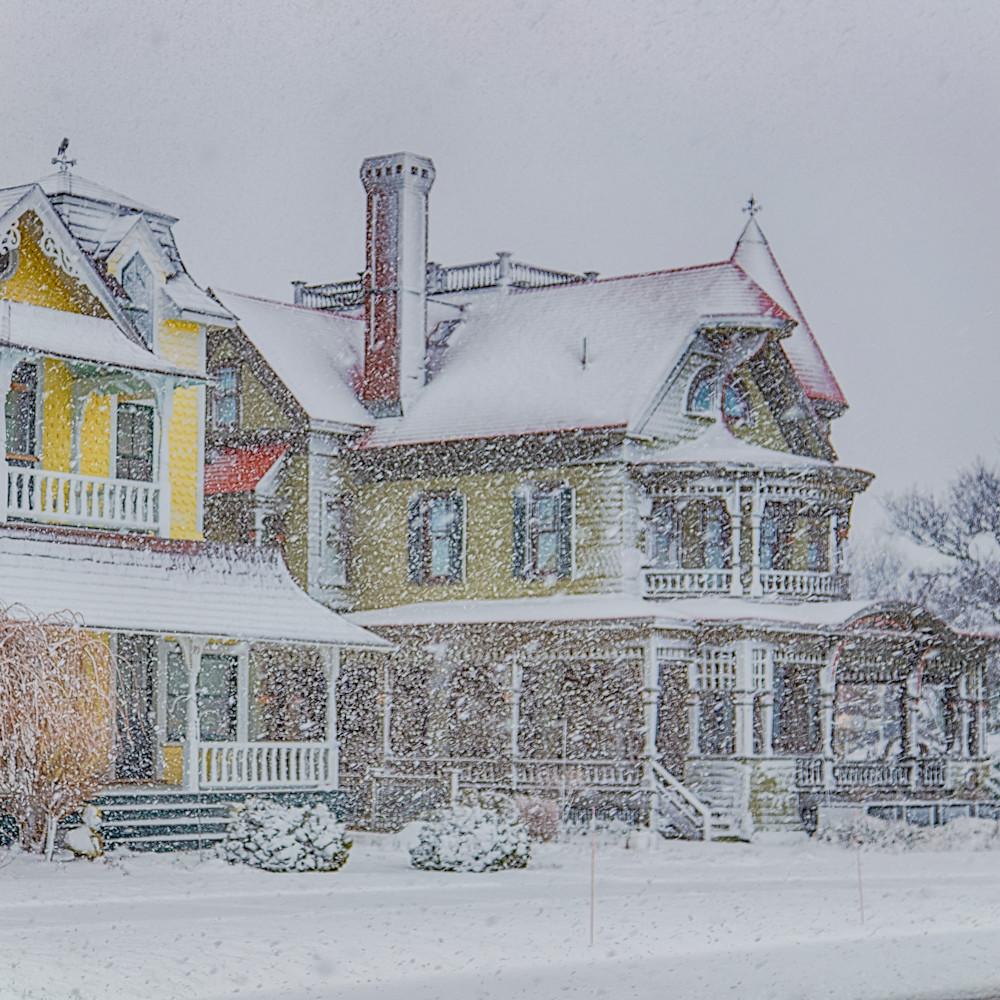 Norton house snow okt0vi